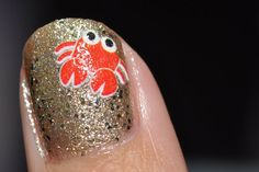 omg it's a crab! i'm a crab! need to do these nails in july... where to find decals