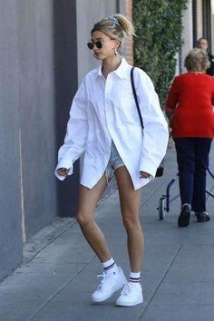 Estilo Hailey Baldwin, Hailey Baldwin Style, Celebrity Style Casual, Celebrity Outfits, Celebrity Clothing, Trendy Style, Style Men, Looks Street Style, Street Style Women