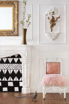 Chic office: http://www.stylemepretty.com/living/2015/05/13/parisian-inspired-office-space/ | Photography: Jonah Podbereski - http://www.jonahpodbereski.com/