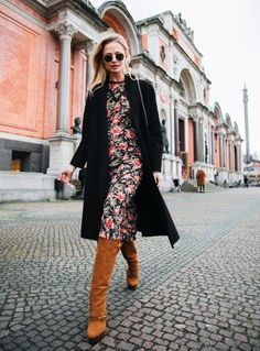 Love in the air : by Sofia Ruutu Zara Bags, Chanel Sunglasses, Brown Boots, Saint Laurent, Duster Coat, Street Style, Blazer, Celebrities, Pants