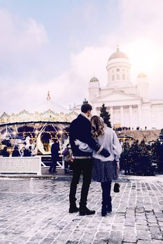 Christmas market in Helsinki in December - Alexa Dagmar Vacation Trips, Dream Vacations, Helsinki Things To Do, Helsinki Airport, Countries Europe, Visit Helsinki, Solo Travel, Places To Go, Romantic