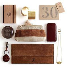 great cosmetic bag and monogrammed knick knacks http://rstyle.me/n/jgjj5r9te