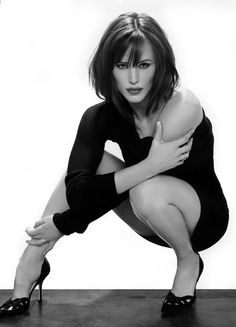 """7 Jennifer Garner...love this pic...wish they'd stop putting her in all those """"sweet innocent"""" roles and do more of this image!!!!"""