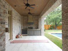 Brick color thompson homes builder