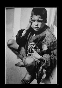 ΦΩΤΟΓΡΑΦΊΕΣ ΑΠΟ ΤΟ ΜΑΥΡΟ ΛΕΥΚΩΜΑ ΤΗΣ ΚΑΤΟΧΗΣ -ΒΟΥΛΑ ΠΑΠΑ'Ι'ΩΆΝΝΟΥ..