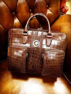 Alligator Messenger Bag Shoulder Bag Business Briefcase for Men Business Briefcase, Briefcase For Men, Leather Briefcase, Designer Messenger Bags, Designer Bags, Crocodile Handbags, Travel Bags, Travel Packing, Leather Handbags
