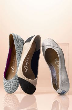 love Toms, the cause and the shoes @toms