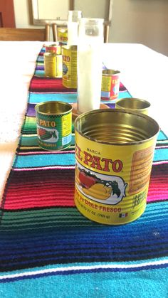 How to Throw a Fiesta Margarita Bar, Taco Bar, San Pellegrino, Great Recipes, Place Cards, Canning, How To Plan, Food, Cinco De Mayo
