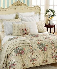 Scalloped Standard Sham Villandry by Ralph Lauren Pillow Shams, Pillow Cases, Pillows, King Sheets, Pretty Bedroom, Comforter Cover, Warm Blankets, Bedroom Bed, Bed Rooms