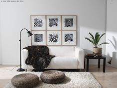 ALSEDA stolac nije samo za sjedenje. Na njega možeš odložiti stvari, spojiti dva u stolić... Zaigraj se i pronađi još načina kako ga iskoristiti u prostoru. www.IKEA.hr/ALSEDA_stolac