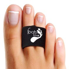 You Will These Infused Copper Healing Toe Straightener-Hammer Toes Toe Separators-Broken Toe Splint. Superior to Toe Tape. Doctor Recommend Toe Pain Gone! Plantar Fasciitis Arch Support, Broken Toe, Gel Toe Separators, Face Stencils, Gel Toes, Foot Love, Back In The Game, Foot Pain, Feet Care