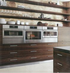 Oven microwave should be at eye level inspiration for for Eye level oven kitchen designs
