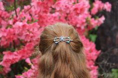 Turquoise flexi hair clip beats any barrette