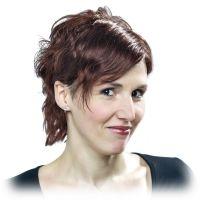 Echthaarperücke Cora ist ein individuell angefertigtes Haarsystem aus Echthaar als Haarersatz und Zweithaar.