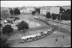 Zwei Straßenbahnen an der Weißenseer Spitze