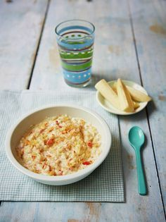 Helen's apple & cinnamon porridge