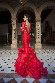 Jewel Neckline Ruffled Mermaid Evening Dresses With Long Sleeves Lace and Satin Ruffled Skirt Red Prom Dress vestidos longos de festa Red Gowns, Maxi Gowns, Prom Dresses, Formal Dresses, Wedding Dresses, Elegant Dresses, Pretty Dresses, Estilo Cowgirl, Mermaid Evening Gown