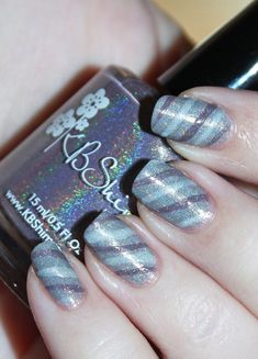 Demure Holo Neutral Stripe Nail Art using KBShimmer Office Space shades in Makin Copies Fax of Life Cubicle Pusher on All Things Beautiful XO Nail Art Stripes, Striped Nails, Hair And Nails, My Nails, Nails Only, Nail Art Galleries, Nail Stickers, Holiday Nails, Nails Magazine