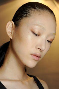 L'ombre bronze chez Alexander Wang