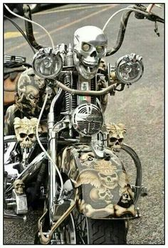 Check out this motorcycle! Custom Harleys, Custom Bikes, Bobber, Motos Harley Davidson, Harley Bikes, Harley Fatboy, Cool Motorcycles, Hot Bikes, Motorcycle Bike