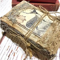 The Woodland journal/needle book got a new cover option, now you get it with beige coffee dyed cover and extra rustic style as well as the… Fabric Journals, Fabric Books, Art Journals, Handmade Journals, Handmade Books, Journal Covers, Book Journal, Altered Book Art, Art Journal Techniques