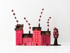 House ornament Set of four buildings of felt with a tree от Intres