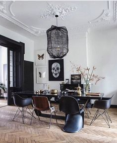 Top Amazing Modern Gothic Interior Design Ideas and Decor Picture 9 .Read More.Top Amazing Modern Gothic Interior Design Ideas and Decor Picture 9 .Read More. Luxury Dining Room, Dining Room Lighting, Dining Room Design, Dining Rooms, Office Lighting, Accent Lighting, Dining Chairs, Wire Lighting, Eames Chairs