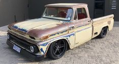 Vintage Trucks This Old Chevy Isn't Quite As Derelict As It First Seems Lowered Trucks, Gm Trucks, Cool Trucks, 1966 Chevy Truck, Chevy 4x4, Classic Pickup Trucks, Shop Truck, Classic Chevrolet, Chevy Pickups