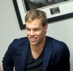 Taylor Hall, Eye Candy Men, Chocolate Men, Game Tickets, Edmonton Oilers, Attendance, Gorgeous Men, Connection, Swag