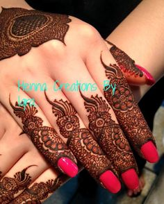 casual clothes for women Finger Mehendi Designs, Kashee's Mehndi Designs, Mehndi Designs For Girls, Mehndi Design Pictures, Wedding Mehndi Designs, Mehndi Designs For Fingers, Latest Mehndi Designs, Henna Tattoo Designs, Mehndi Images