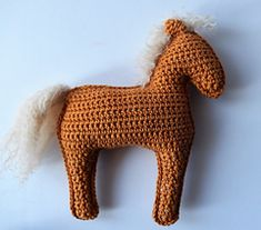 gratis free:Foal pattern by K. Godinez It is important that your work is as tight as you can make it because you dont want to see the stuffing through your work.  Yarn ends do not need to be sewn; you can hide them inside the horse.