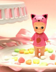 kewpie....omg...screaming!!!....how adorable