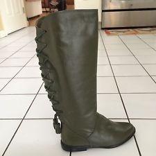 Fashion - Knee-High, Flat (0 to 1/2 in.), Leather, Medium (B, M), Newport News