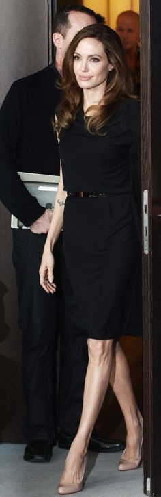 Angelina Jolie - The queen of minimalist style
