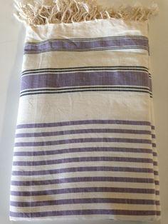 Maxi Fouta Morada - Crudo 2 Tamaños: - 2m*2m   - 3m*2m Pr. lanzamiento: 2m*2m: 20€ - 3m*2m: 23€ Sólo hasta el 24 de noviembre de 2014 Towel, Blanket, Couch Slip Covers, Bed Feet, November, Beds, Tejido, Blankets, Towels