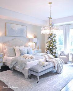 Christmas Living Rooms, Christmas Bedroom, Christmas Decor, Christmas Presents, Christmas Time, Christmas Ideas, Pretty Bedroom, Blue Bedroom, Living Room Decor