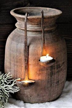 I love the old ladles to keep candles. - Autumn deco - I love the old ladles to keep candles. Hanging Candles, Diy Candles, Candle Decorations, Rustic Decor, Farmhouse Decor, Wabi Sabi, Garden Art, Primitive, Diy Home Decor