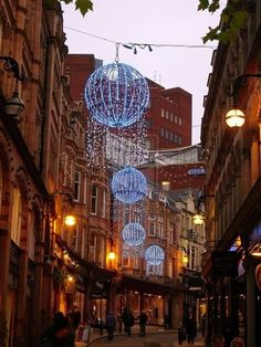 Christmas in Birmingham, England. { Where I should live ;) }