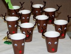 Kids Christmas Crafts - Reindeer Cups - Click Pic for 18 Christmas Party Ideas for School School Christmas Party, Christmas Beer, Preschool Christmas, Christmas Activities, Christmas Crafts For Kids, Winter Christmas, Christmas Ideas, Reindeer Christmas, Preschool Winter