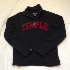 Temple quarter zip Temple quarter zip. Size large but fits a size medium very well. Only worn a few times. Jansport. Smoke and pet free home. Happy Poshing! ❤️ Jansport Tops Sweatshirts & Hoodies