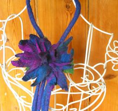 Felt Flower ARtWeAR magic loop extendable lariat by Innerspiral, £47.00