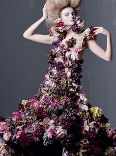Alexander McQueen - Savage Beauty | The Tom & Lorenzo Archives: 2006 -2011