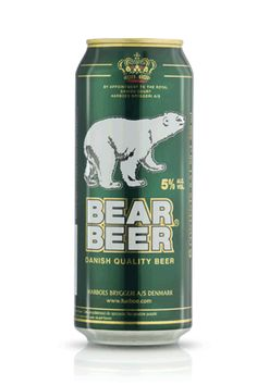 Cerveja Bear Beer Premium Lager, estilo Premium American Lager, produzida por Harboes Bryggeri, Dinamarca. 5% ABV de álcool.