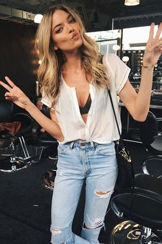 It's all peace, love & ice cream with this Angel. Get the Push-Up Full Coverage & the Lightly Lined Scoop Demi via link in bio. Summer Outfits, Casual Outfits, Cute Outfits, Victoria's Secret, Dress Me Up, Spring Summer Fashion, Passion For Fashion, Dress To Impress, Celebrity Style