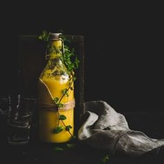 Anansov smoothie s kurkumou na cesty na raajky i Lava Lamp, Great Recipes, Photo And Video, Fitness, Instagram, Food, Turmeric, Meal, Essen