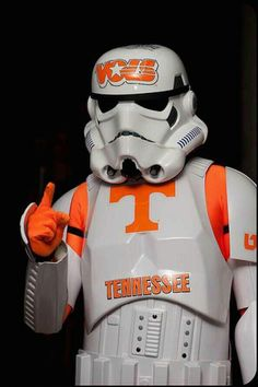 Combines my love of Tennessee with my nerdy love of Star Wars. Tennessee Volunteers Football, Ut Football, Tennessee Football, Football Memes, College Football, Football Season, Pittsburgh Steelers, Dallas Cowboys, Vol Nation