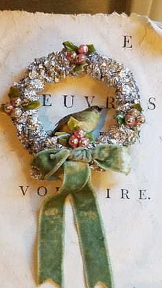Cottage Christmas, Victorian Christmas, Green Christmas, Country Christmas, Christmas Holidays, Christmas Wreaths, Christmas Decorations, Holiday Decor, Happy Holidays