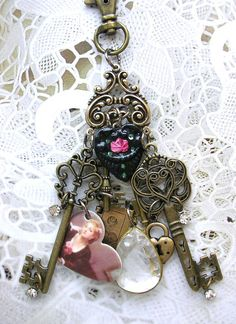 Victorian Antique Style Skeleton Key Heart by TheVintageHeart, $28.00