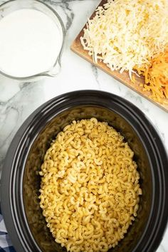 Crock Pot Mac and Cheese IngredientsYou can find Crock pot mac and cheese and more on our website.Crock Pot Mac and Cheese Ingredients Crockpot Dishes, Crock Pot Cooking, Crockpot Recipes, Casserole Recipes, Dog Treat Recipes, Dog Food Recipes, Cooking Recipes, Food Tips, Healthy Recipes