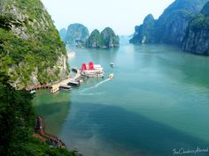 The view from Titop Island, Halong Bay, Vietnam // The Clueless Abroad